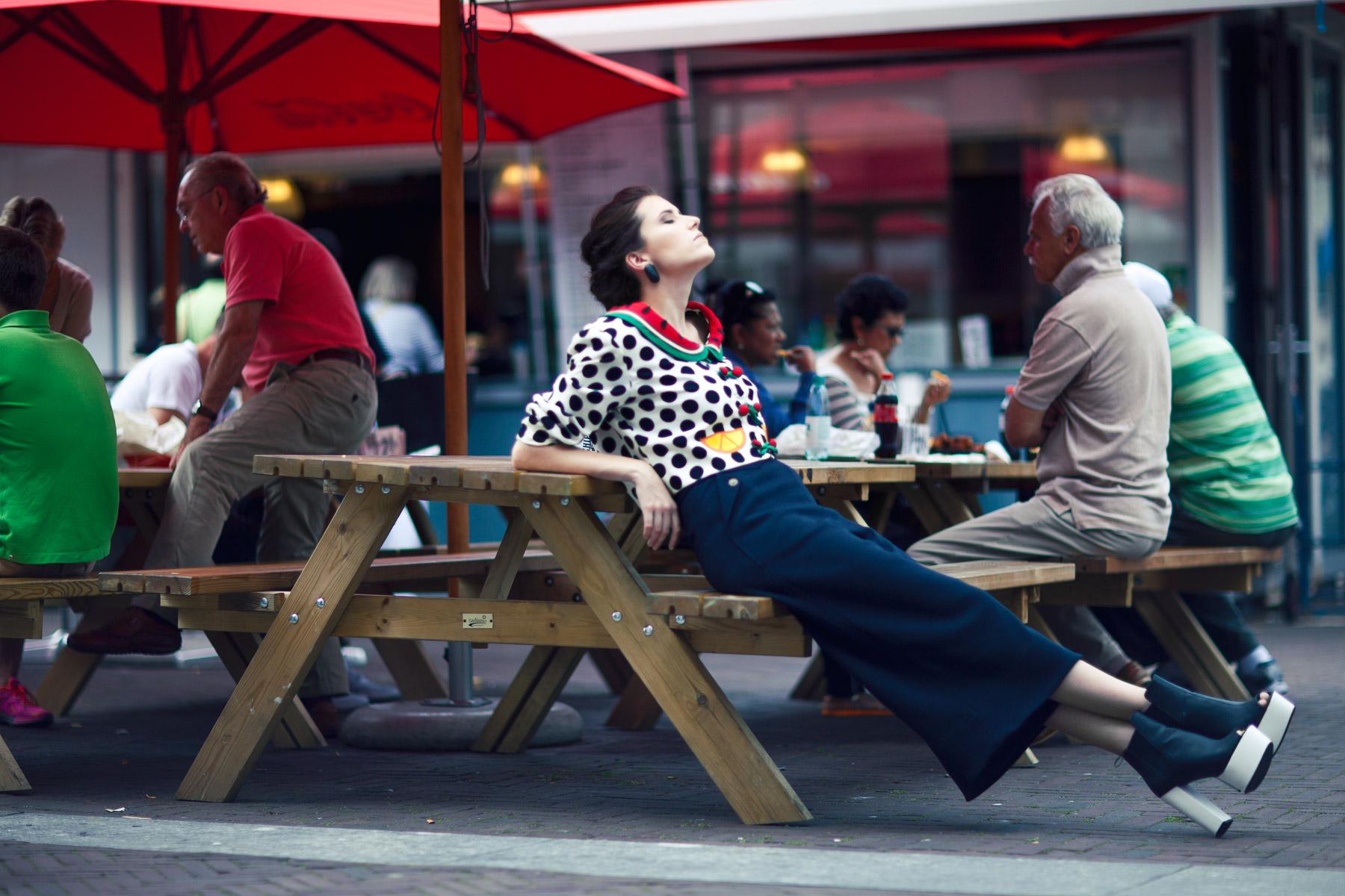 ananda-sebastian-moschino-marc-jacobs-vintage-eej-magazine-september-modemaand